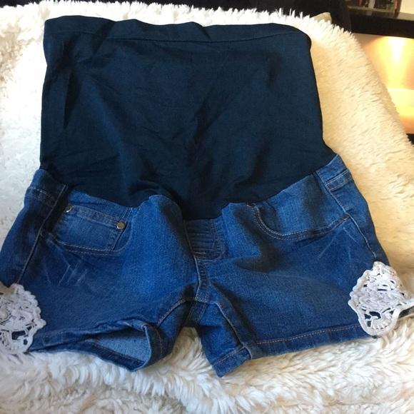 73892cdfb Bella Vida Maternity Pants - Bella Vida Stylish maternity shorts. Size S
